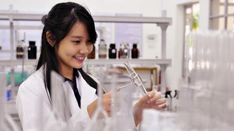 Học Cao đẳng Xét nghiệm TPHCM ở đâu là chất lượng.